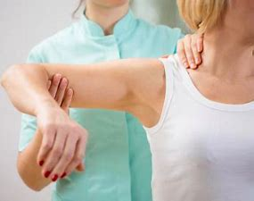 Best physical therapy for shoulder blade pain in Hyderabad, shoulder surgeon in Hyderabad