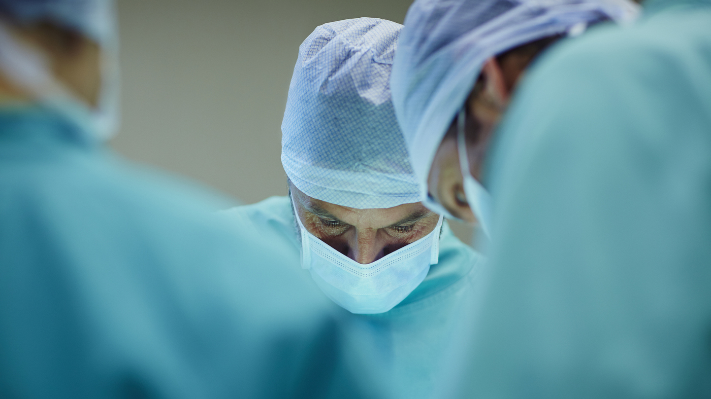 Shoulder replacement surgery doctor in Hyderabad, shoulder replacement surgery specialist near Madhapur