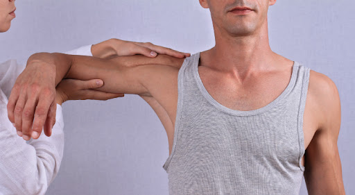 Get Physical therapy after arthroscopic shoulder surgery in Hyderabad, best physiotherapist near me